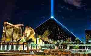 luxor-hotel-casino-las-vegas-01 (2)